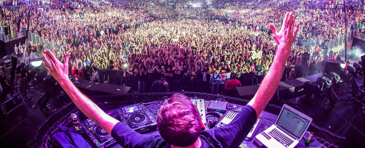 Single: Kaskade – Never Sleep Alone