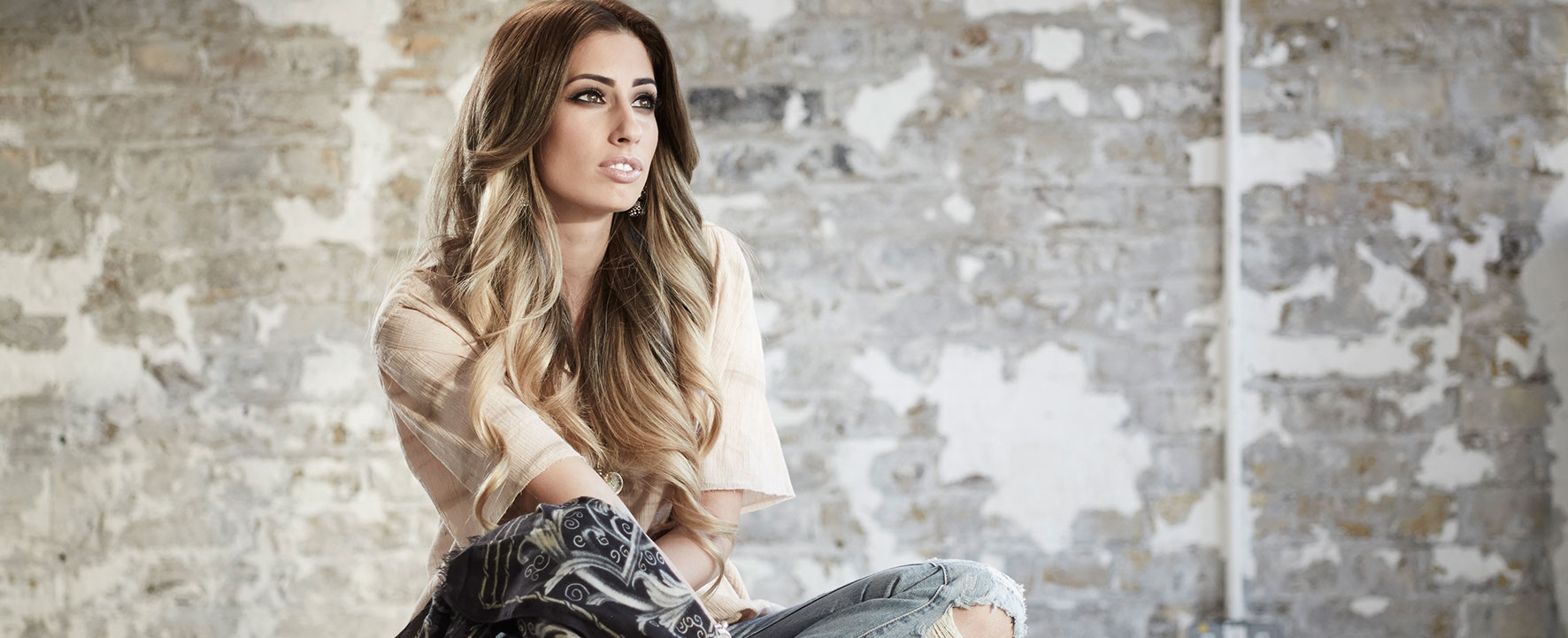 Video: Stacey Solomon – Shy