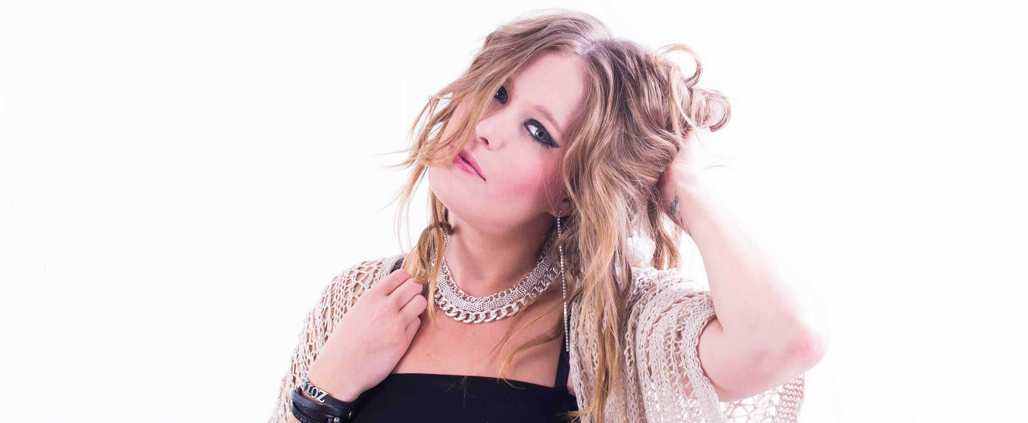 Single: Zoie – Seduce Me